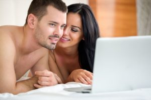 Deutsche Pornos kann man auch als Vorspiel zusammen schauen