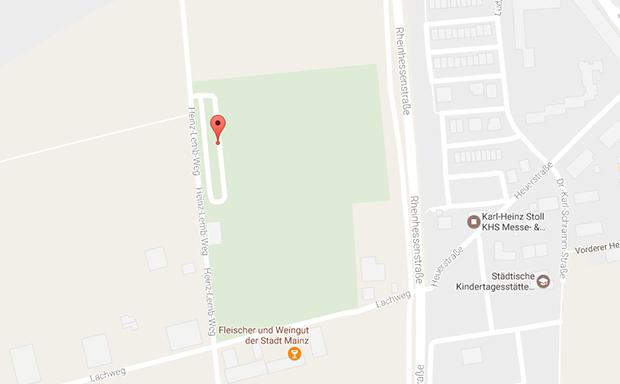 Parkplatzsex Mainz-Hechtsheim an der Sportanlage