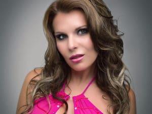 Aische Pervers: Pornostar, Amateurin, DJane, Model