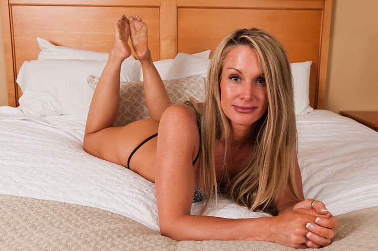 Auch Frauentypen wie MILFs, Cougars, reife Frauen und Omas sind eine Vorliebe und somit ein Fetisch